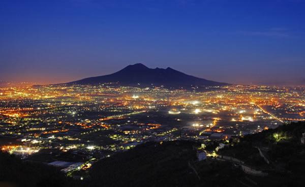 Visit the Vesuvius volcano with Lentino Private Driver