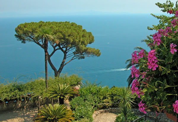 Visit Ravello and Amalfi coast with Lentino Private driver